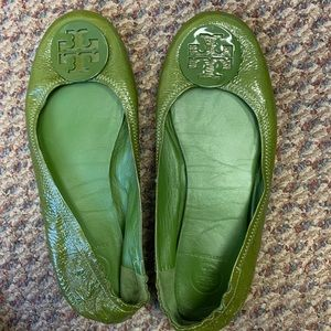 Tory Burch Olive Green Minnie Reva Flat Size 9